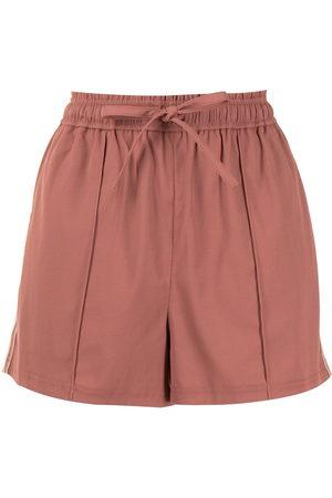 GOODIOUS Shorts mit seitlichen Streifen