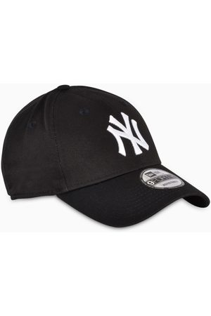 New Era Black/white NY cap
