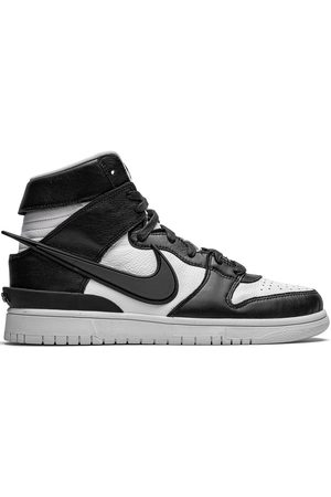 Nike Dunk High SP sneakers