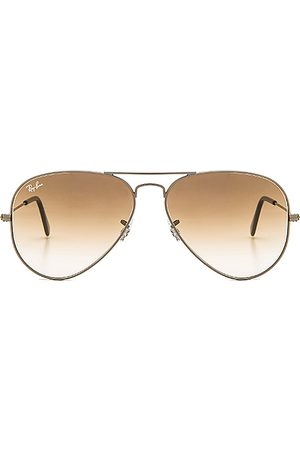 Ray-Ban Aviator Gradient in .