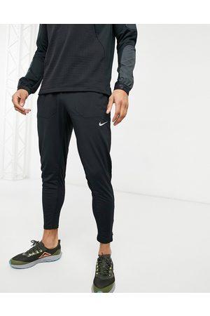 Nike Running – Phenom – Schwarze Jogginghose