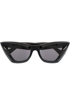 Bottega Veneta Cat-eye frame sunglasses