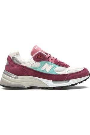 New Balance 992 Kithmas Sneakers