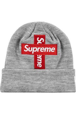 Supreme New Era Cross Beanie mit Logo