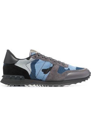 VALENTINO GARAVANI Herren Sneakers - Sneakers mit Camouflage-Print