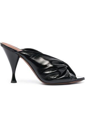 L'Autre Chose Sandalen aus Leder