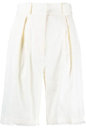 ANTONELLI Damen Shorts - Knee-length tailored shorts - Nude