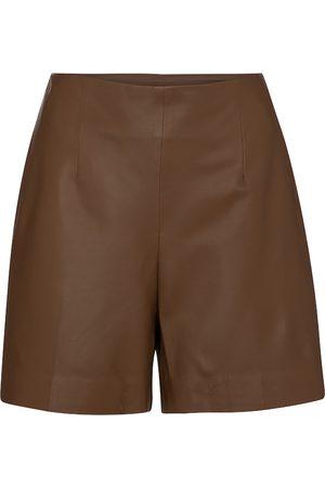 Vince Shorts aus Leder