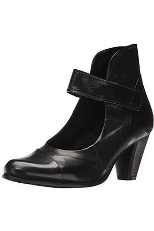 Spring Step Women's Chapeco Dress Pump, Black