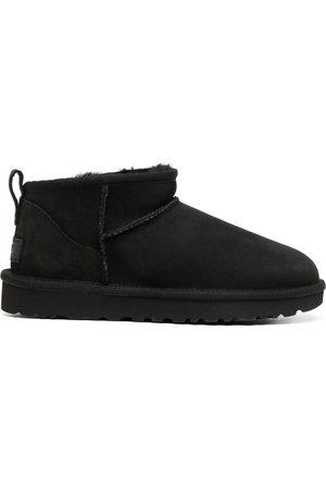 adidas Classic Mini' Stiefel