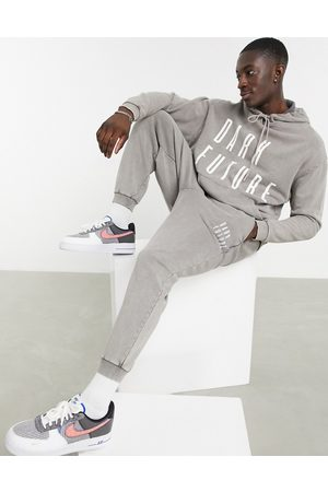 adidas – Oversize-Jogginghose mit Logo in -grauer Acid-Waschung, Kombiteil
