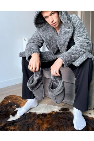 ASOS – Hochwertige Schaffell-Hausschuhe in