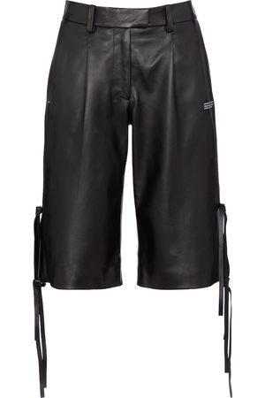 OFF-WHITE Damen Leder & Lederimitathosen - Shorts aus Leder