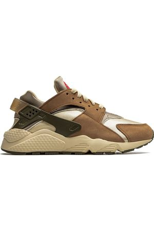 Nike X Stüssy Air Huarache Desert Oak Sneakers