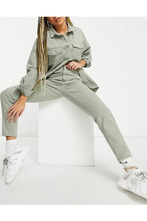 Missguided – Riot – Mom-Jeans in Khaki, Kombiteil