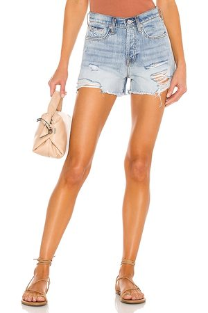 7 for all Mankind Damen Shorts - Monroe Cut Off Short in . Size 24, 25, 26, 27, 28, 29, 30, 31, 32.