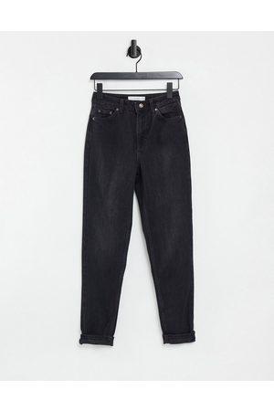 Topshop – Mom-Jeans in verwaschenem