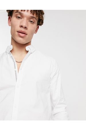 River Island – Weißes Oxfordhemd in Muskelshirt-Passform