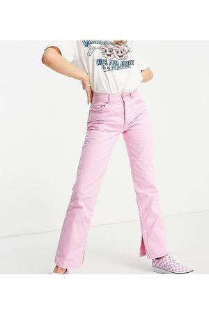 ASOS ASOS DESIGN Petite – Jeans im Stil der 90er mit halbhohem Bund, geradem Bein und Saumschlitz in Pink