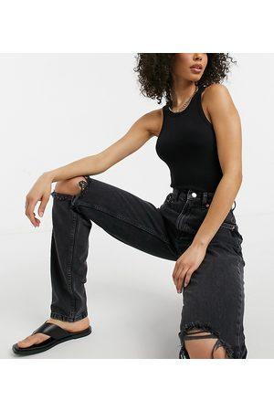 ASOS ASOS DESIGN Tall – Slouchy – Mom-Jeans mit hohem Bund und Zierrissen in verwaschenem