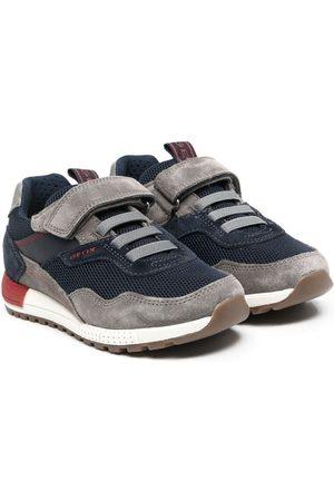 Geox Sneakers - Sneakers mit Kontrasteinsätzen