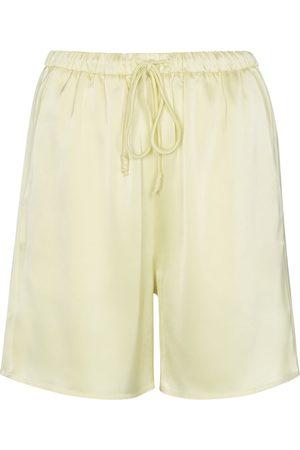 Nanushka Shorts Emily aus Satin