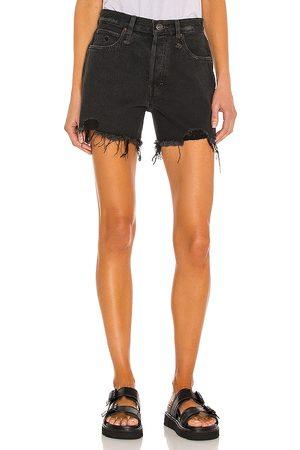 Free People Damen Shorts - Makai Cutoff Short in . Size 26, 28, 31.