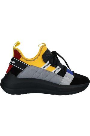 Barracuda Damen Sneakers - SCHUHE - Low Sneakers & Tennisschuhe - on YOOX.com