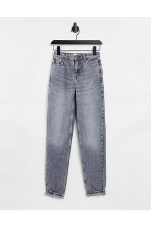 Topshop – Mom-Jeans in