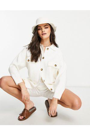 MANGO – Weiße, gestrickte Hemdjacke
