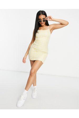 Missguided – Bodycon-Minikleid mit schmalen Trägern und Karomuster in