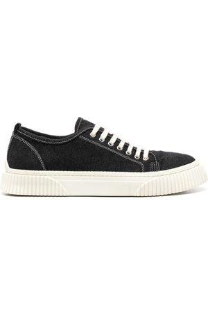 Ami Sneakers - Low-Top Sneakers With Textured Sole