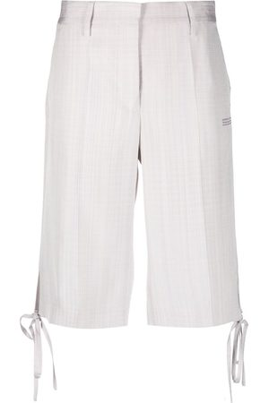 OFF-WHITE Damen Shorts - Knee-length shorts