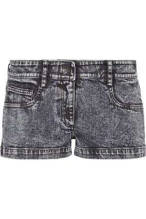 Norma Kamali Low-Rise Jeansshorts