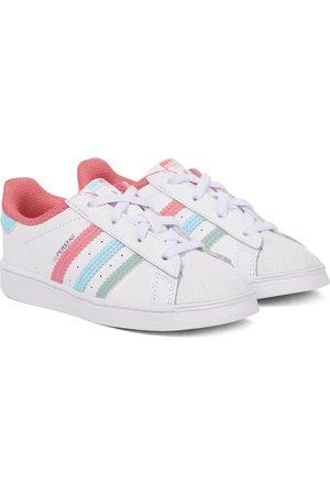adidas Sneakers Superstar aus Leder