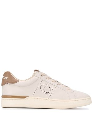 Coach Perforierte Sneakers - Nude