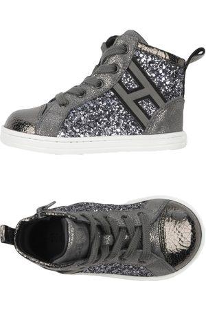 Hogan Baby Sneakers - SCHUHE - Low Sneakers & Tennisschuhe - on YOOX.com