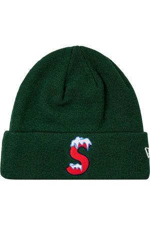 Supreme Hüte - New Era Beanie mit S-Logo