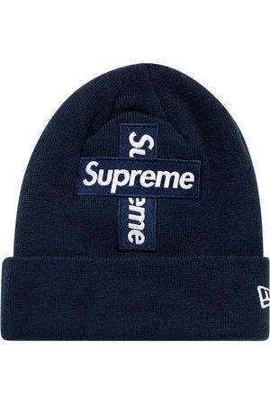 Supreme Hüte - New Era Beanie mit Logo