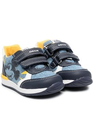Geox Sneakers - Rishon touch-strap sneakers