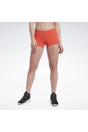 Reebok Chase Solid Booty Shorts