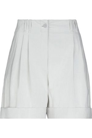 Stella McCartney Damen Shorts - HOSEN - Bermudashorts - on YOOX.com