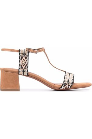 Ash Rafael embroidered sandals - Nude
