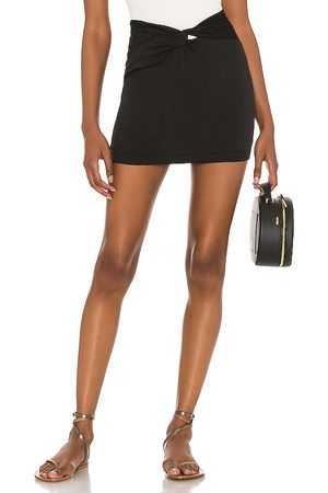 Free People Damen Miniröcke - Night Dreamer Twist Mini Skirt in . Size 2, 4, 6, 8, 10, 12.