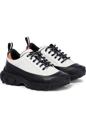 Burberry Sneakers Mini Arthur aus Leder