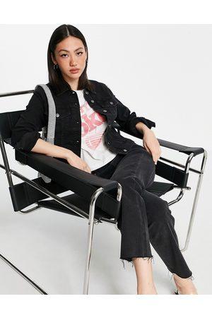 MANGO – Schwarze Jeansjacke