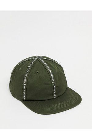 Consigned – Snapback-Cap mit Logostreifen