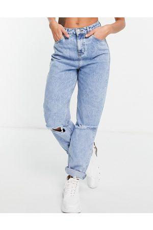 ASOS – Original – Mom-Jeans mit hohem Bund und Rissen in heller Waschung