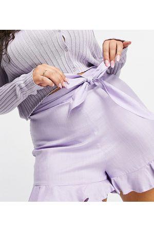 ASOS ASOS DESIGN Curve – Shorts mit Bindegürtel in Flieder-Lila