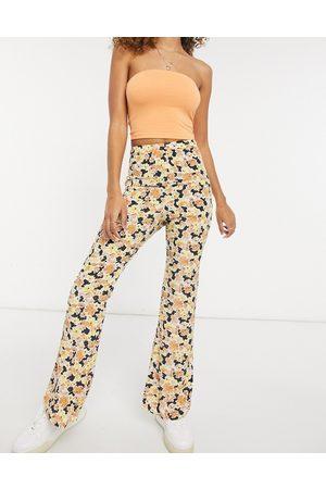 Fashion Union Damen Leggings & Treggings - – Legere Hose mit weitem Bein und Blumenmuster, Kombiteil-Mehrfarbig